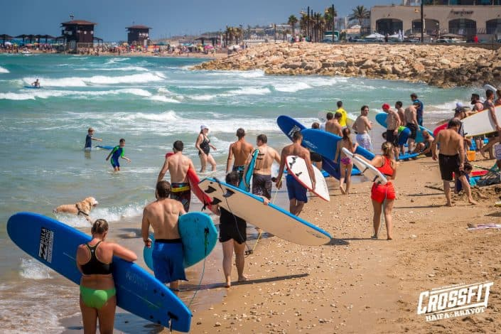 עושים חיים משוגעים באימוני החוף של קרוספיט חיפה