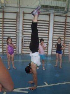 keren handstand crossfit haifa